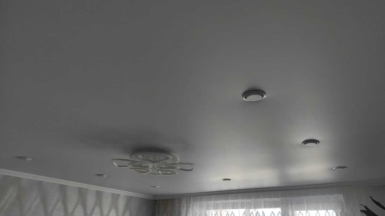 Отзыв готового набора натяжного потолка фото 12