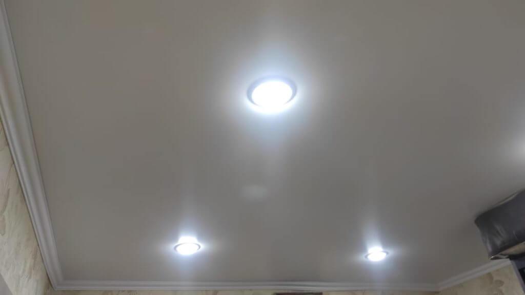 Отзыв готового набора натяжного потолка фото 9
